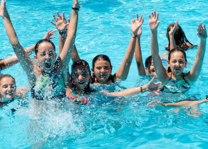 Colonies estiu piscina